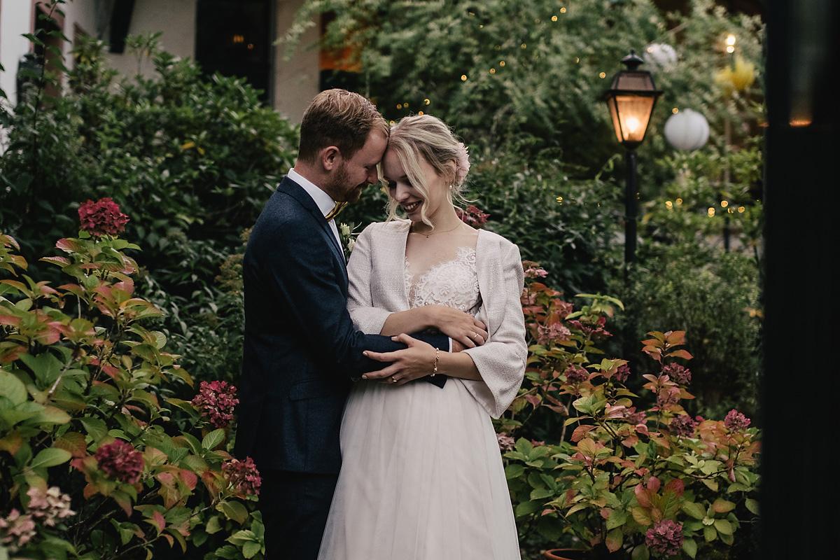 Die Möglichkeit von kurzen fotografischen Hochzeitsbegleitungen